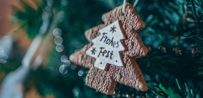 Was schreibt man auf eine Weihnachtskarte Weihnachtsbaumschmuck