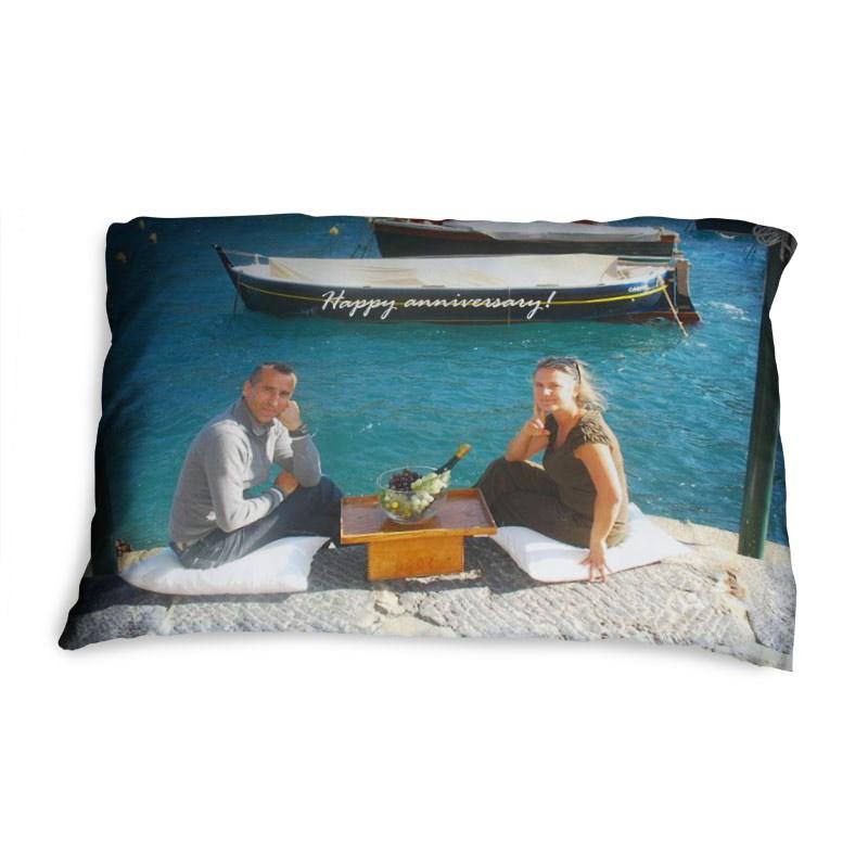 kissenbezug bedrucken foto auf kissenbezug selbst gestalten. Black Bedroom Furniture Sets. Home Design Ideas